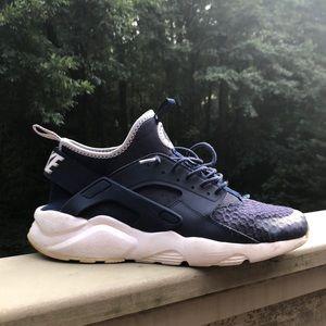 Nike Air Huarache Men's Size 8.5 Blue
